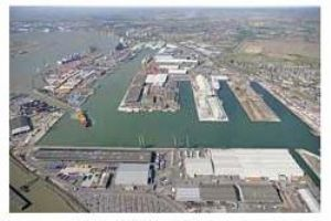 image: The Port of Tilbury, Tilbury, Essex, Shipping, Freight, Perry Glading