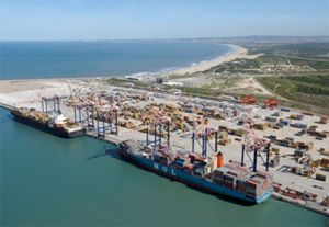 image: Ngqura container shipping freight TEU throuput export import transhipment handling