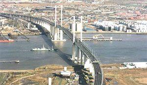 image: Eurotunnel Dartford Link tunnel Queen Elizabeth II Bridge Private Finance Initiative (PFI) high speed link Goldman Sachs M25 bottleneck vehicles freight Transport Minister Sadiq Khan