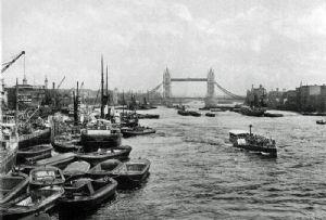 image: UK, River Thames, Port of London, MMO, PLA, HRO, harbour, marine, management,