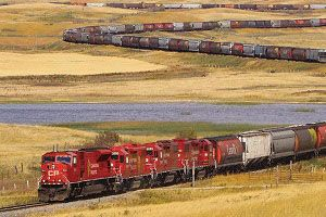 image: CPR grain train rail freight G&W Canadian Pacific Railway Bluegrass Farms of Ohio Valley