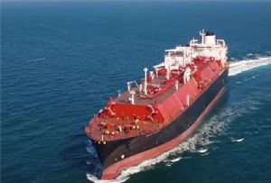 image: UK, China, US, Shell, freight, logistics, news, LNG, fuelled, carriers, ships, ballast water, open loop, scrubbers,