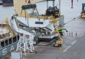 image: Liebherr Subsea Cranes Germany South Korea Daewoo Shipbuilding & Marine Engineering (DSME) quay heavy lift