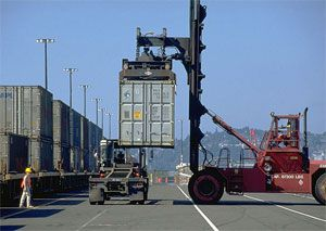 image: US port container shipping TEU cargo box trade import traffic levels infrastructure handling