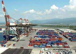 image: CMA CGM Terminal Link TEU container line facility cargo freight box carrier KCT services