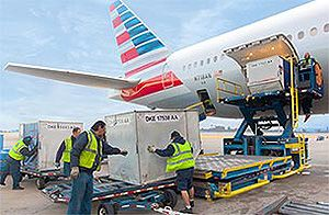image: US American Airlines Cargo AA air freight polluting emissions environmental footprint
