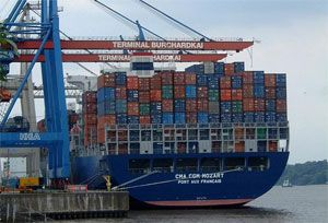 image: France container shipping TEU freight truck less than truckload US CMA CGM