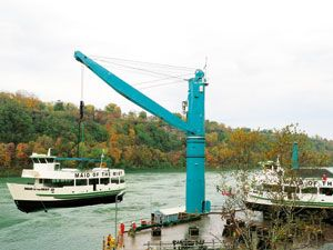 image: US Niagara UK Germany shipping container freight gantry crane mobile harbour Maid of the Mist