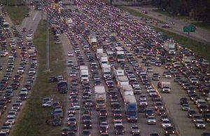 image: US Texas freight truck Hurricane Rita war