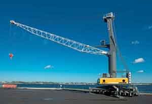 image: Konecranes Liebherr container crane port rubber tyred gantry