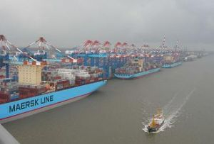 image: Maersk, Shipping, A.P. Moller-Maersk, Denmark, share sell off