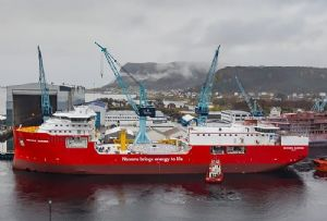 image: Norway, shipyard, davit, work boat, RUV, mother, ship, Vestdavit, Ulstein Verft,
