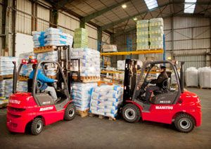 image: UK forklift truck training safety education Mentor training investment risk management