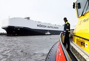 image: Netherlands Port of Amsterdam RoRo car carrier vessel ship H�egh Autoliners