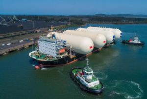 image: South Africa Port of Richards Bay gas tanks Xin Si Lu cargo vessel lower emissions