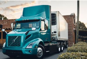 image: US, Maersk, Class 8, electric, trucks, haulage, HGV, Performance Team, Maersk, container, shipping, logistics,