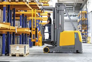 image: Jungheinrich fork truck freight warehouse wholesale narrow aisle battery charge Kombi Stacker EKX 514-516