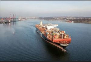 image: Gothenburg, deepenining, vessels, ships, fairway