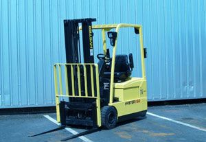 image: Briggs Equipment fork lift truck freight logistics warehouse snow hydraulics
