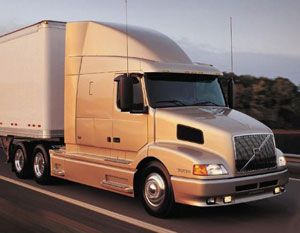 image: US Canada haulier freight truck haulage safety operator
