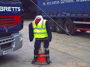 image: UK truck professional driver artic tailgating blind spot