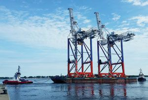 image: Austria Russia crane mobile harbour TEU container freight multimodal cargo bulk Netherlands North Sea Platform
