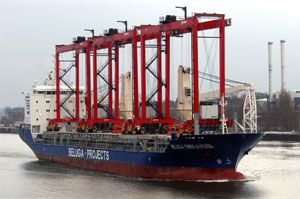 image: South Africa Cape Town shipping container TEU twenty foot port terminal Liebherr Kalmar RTG