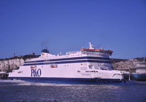 image: UK France P&O Ferries migrant crisis ferry freight vehicles