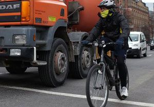 image: UK Belfast urban cycling HGV truck drivers heavy goods traffic truckers