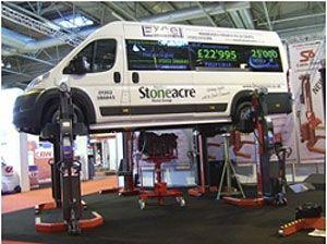 image: HGV UK lifting logistics Halesowen commercial workshop SOMERSTOTALKARE