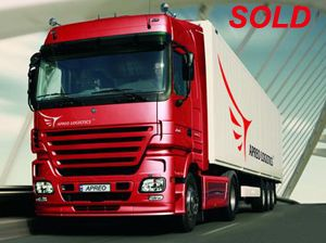 image: 3PL freight forwarding logistics US Europe temperature controlled truckload road haulage