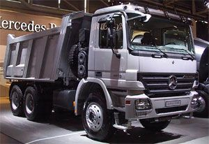 image: India, truck, bus, tipper, Actros, Volvo, Scania, Mercedes, heavy, haulage, mining, construction, commercial, vehicle