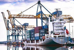 image: UK Unifeeder DP World London Gateway port deep water feeder container terminal box traffic