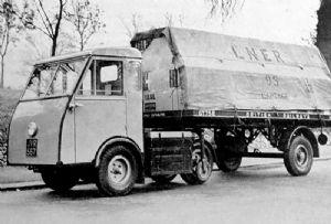 image: UK road haulage electric trucks HGV 44 tonne operator�s licence Traffic Commissioner Jen Tug
