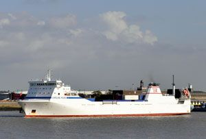 image: UK Stena ferry RoRo freight Killingholme Rotterdam tonnage Christmas