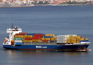 image: Portugal UK short sea container shipping service WEC Lines Tilbury London terminal