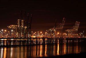 image: UK multimodal deep water container port TEU DP World Felixstowe Southampton UPS
