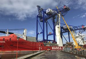 image: UK Ireland ship-to-shore (STS) container terminal gantry cranes Liebherr ABP Hansa heavy lift