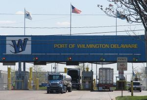 image: US Port of Wilmington Delaware Gulftainer 3PL logistics port management