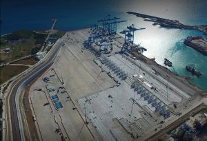 image: Turkey UK container terminal Maersk APM logistics cargo handling shipping freight TEU