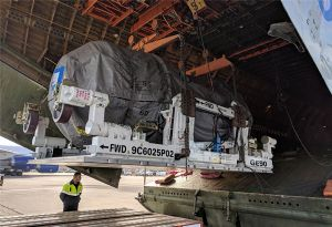 image: US UK heavy lift aircraft outsize cargo aerospace Volga-Dnepr