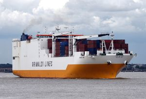 image: UK pirate stowaways hijackers Ro Ro container ship Tilbury vessel Thames Estuary Grande Tem Nigeria Somali coast