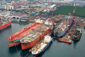 image: South Korea shipbuilding sector Development Bank Hyundai Heavy Industries Daewoo
