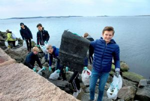 image: Sweden Concordia Maritime transport tankers plastic pollution education clean up Keep Tidy  floorball