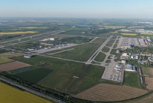 image: Rhenus Air Ocean freight facility airport Leipzig Halle groupage logistics cargo