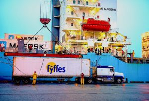 image: Fyffes banana IMO sulphur cap 2020 container shipping lines road haulage pollutant carbon emissions bulk cargo