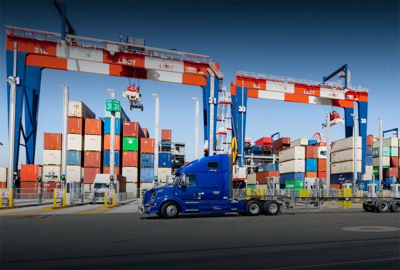 image: US, UK, HGV, driver, shortage, port, Long Beach, Los Angeles, Teamsters, ILWU, Biden, supply chain, logistics,