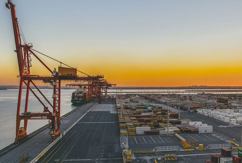 image: Australia, MUA, union, Patrick, terminals, container, freight, strike, dispute, Farmers, federation, Crumlin, Port Botany,