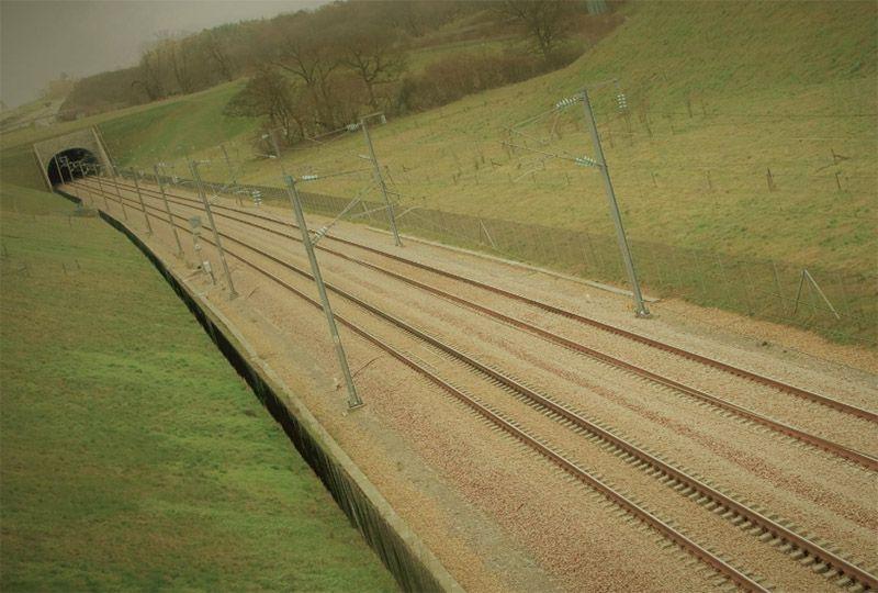 image: UK rail freight HS2 Oakervee vanity project lord Tony Berkeley Network Rail DfT