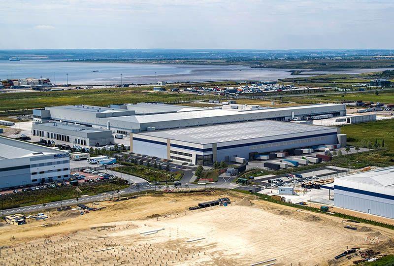 image: UK, DP World, London Gateway, logistics, park, unit, speculative, warehouse, deep water, container port